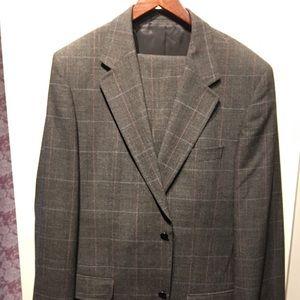 Hugo Boss Suit 44L